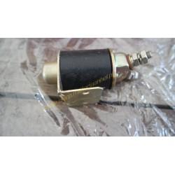Accumulator switch